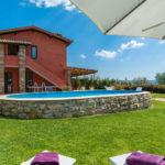 laterale piscina Casale La Desdemona